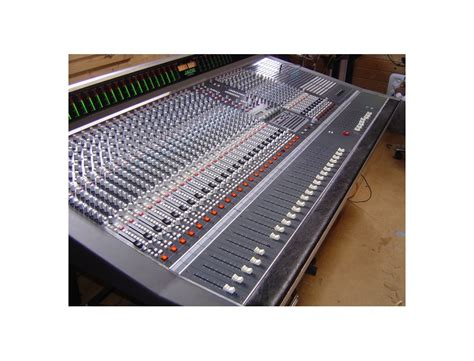 Soundtracs JADE 48 Console Reviews & Prices   Equipboard®
