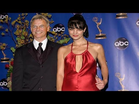 Pauley Perrette as Abby with a dog   NCIS (With images