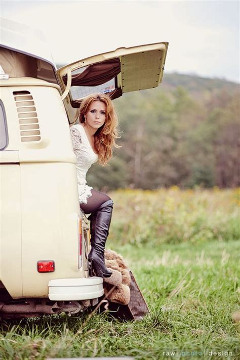 Hot VW Bus Girls : Gears and Girls
