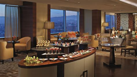 The Ritz-Carlton, Los Angeles offers the American Music